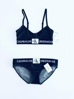 Calvin Klein Monogram Crew...