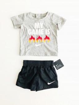 Nike Logo sportovní...